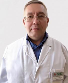 Главный врач клиники на Академической
