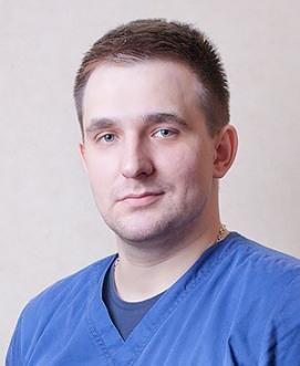 Врач-массажист Чернов Андрей Александрович