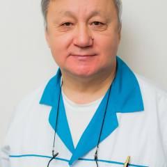 Врач Ян Владимир Юрьевич