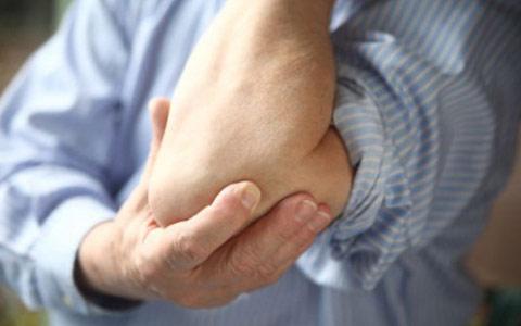 Хруст всуставах: причины, опасноли это, как вылечить хруст суставов иснять боль