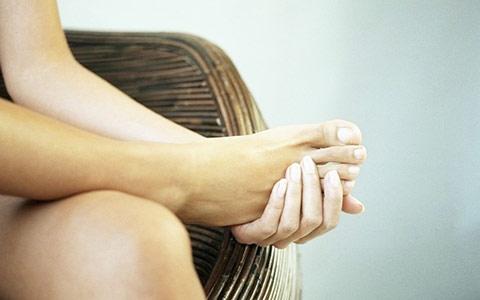 Боль в стопе: причины, лечение и профилактика заболеваний стоп