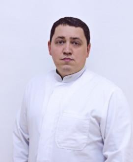 Врач-массажист Давыденко Андрей Николаевич